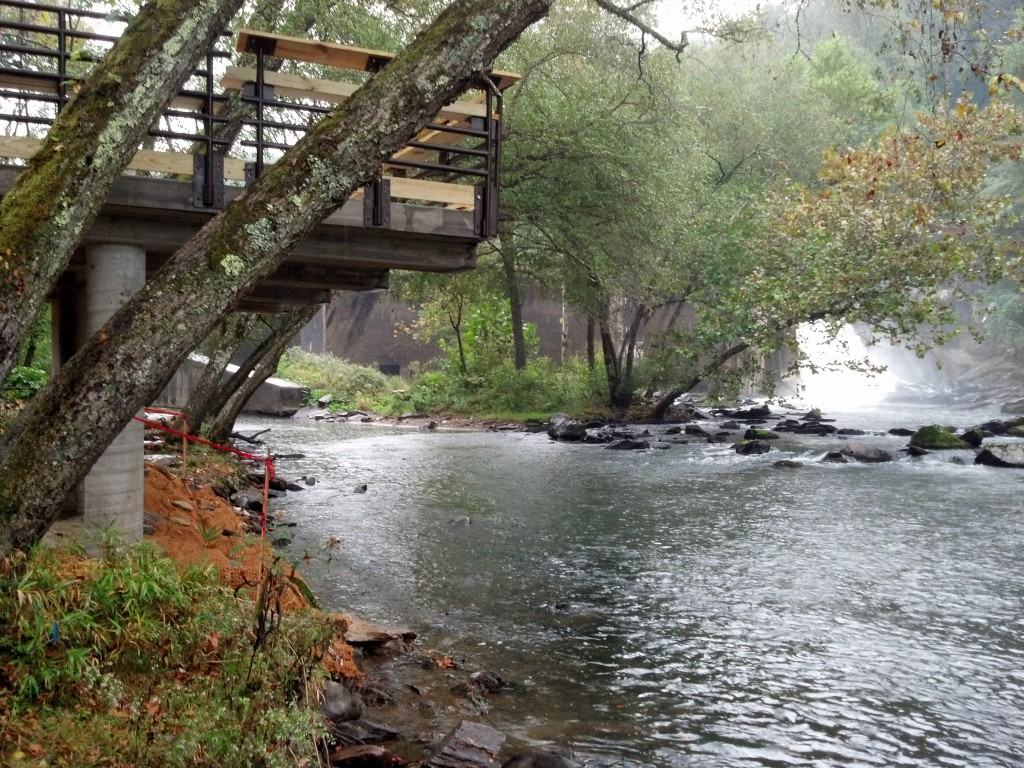 Cantilevered Fishing Pier & Views of the Oconaluftee River
